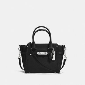 COACH Swagger 21 Bag in Black